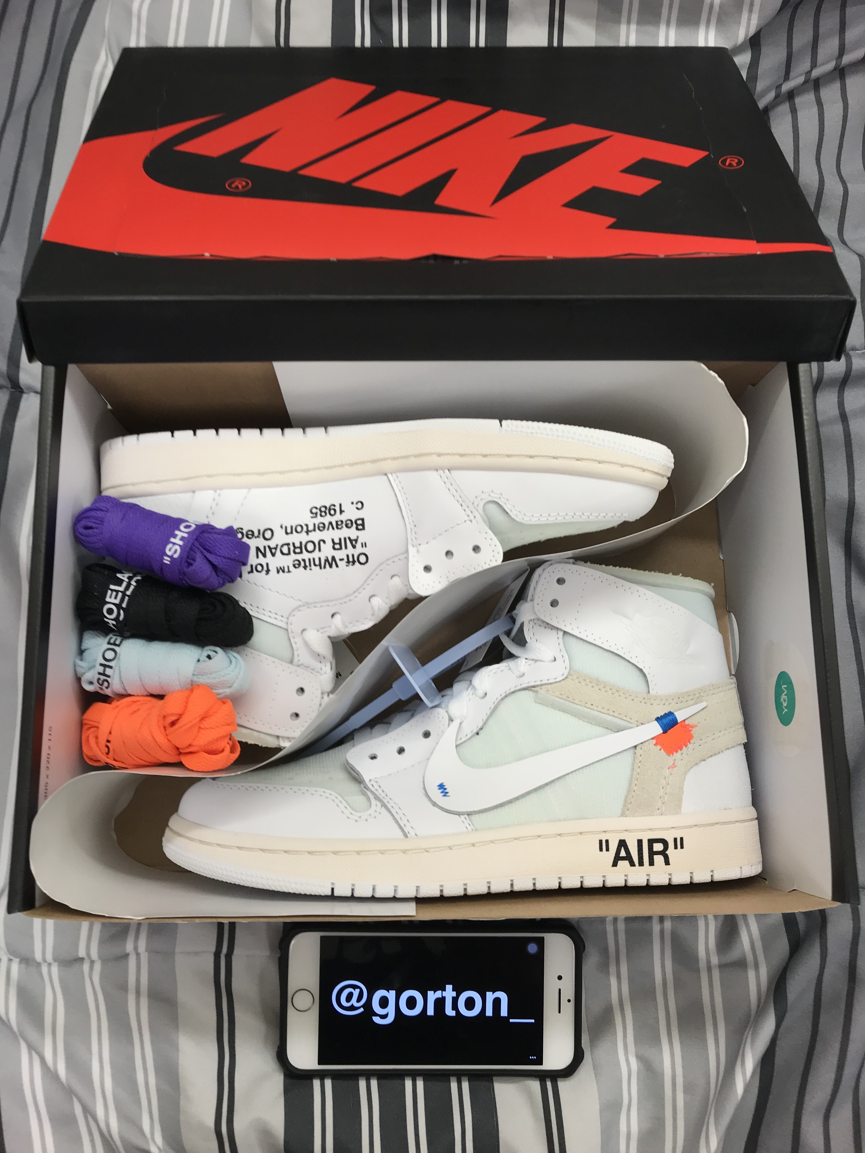 fc8dd1c56ef ... In celebration of 2 years in the sneaker game, I am raffling off a pair  of Size 6/7.5 Off-White Air Jordan 1